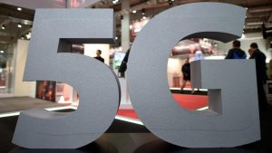 should-i-buy-a-5g-phone-in-2020